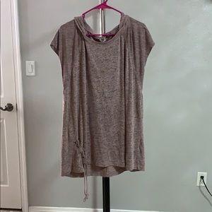 Short sleeve hooded light sweater shirt